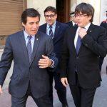 Recepció de l'alcalde Xavier Fonollosa i dels regidors al President Carles Puigdemont a l'Ajuntament de Martorell